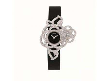 Il lusso sfrenato della gioielleria Chanel per l'inverno 2012