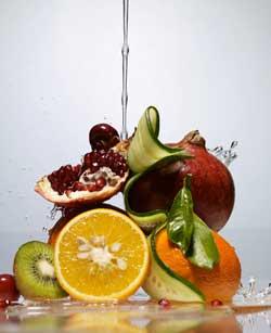 Poche calorie aiutano a restare giovani e tenere lontane le malattie