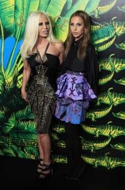 Tutte le star presenti al party di Versace for H&M, le foto