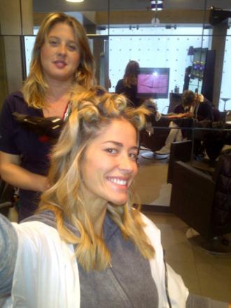 Vip senza trucco: le foto Elena Santarelli prima e dopo il make up su Twitter