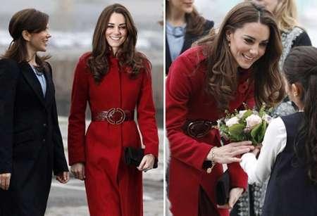 Kate Middleton con un cappottino rosso di LK Bennett