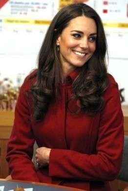 Acconciature per capelli lunghi, prendiamo spunto da Kate Middleton