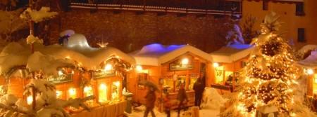 Mercatini di Natale in Valle d'Aosta, shopping natalizio tra una sciata e un pranzo tipico
