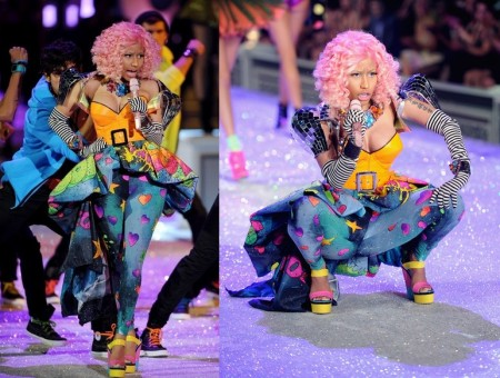Nicki Minaj con zeppe color block di Giuseppe Zanotti al fashion show di Victoria's Secret