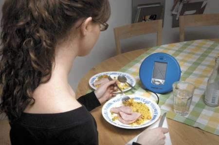 Il piatto parlante per combattere l'obesità: la nuova strategia inglese