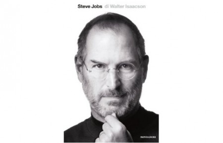 Steve Jobs, il libro di Walter Isaacson secondo in classifica: da leggere per comprendere il mondo Apple
