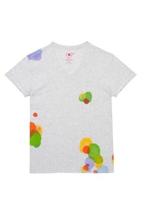 Per la Giornata Mondiale per la lotta all'Aids, Isabel Marant propone una t-shirt speciale per GAP