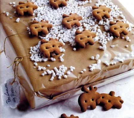 Lavoretti di Natale, creare allegri biscotti a forma di renna
