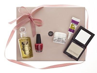 Glossy Box mania, tutte vogliono il cofanetto rosa con prodotti di bellezza