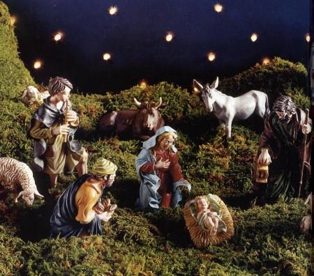 Decorazioni natalizie fai da te per creare delle statuine per il presepe