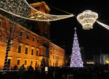 Decorazioni natalizie 2011, quale colore scegliere per gli addobbi dell'albero di Natale?