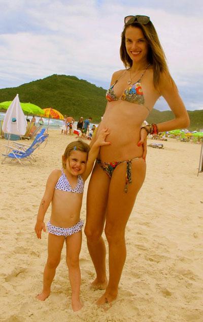 Alessandra Ambrosio è incinta, la top model aspetta il secondo figlio