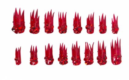 Decorazione unghie, la nail art fiammante proposta da Lady Gaga
