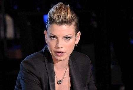 Acconciature capelli corti: il look rock di Emma Marrone