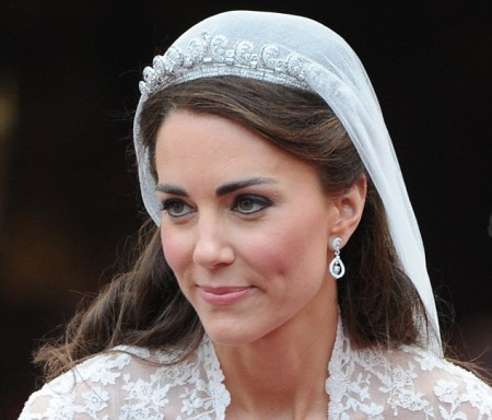 Kate Middleton diventa la nuova icona di bellezza: tutte vogliono truccarsi come lei