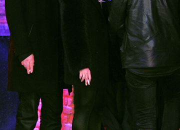 Lindsay Lohan e gli stivali borchiati di Christian Louboutin