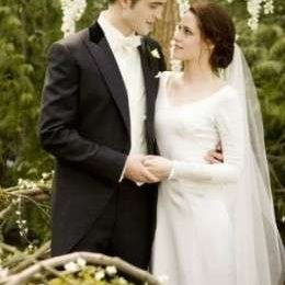 Foto dell'abito da sposa di Bella in Breaking Dawn Part 1, strepitoso e femminile