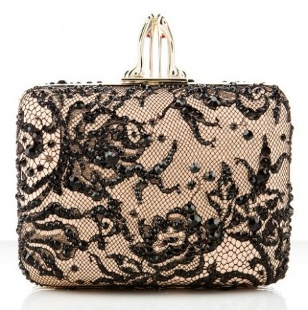 Clutch Christian Louboutin, la preziosa Palais Royal in pizzo con strass