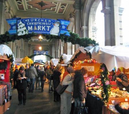 Mercatini di Natale 2011 di Zurigo, idee regalo e sapori dalla Svizzera