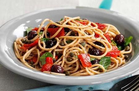 Ricette light con il Bimby: spaghetti integrali al peperoncino dolce