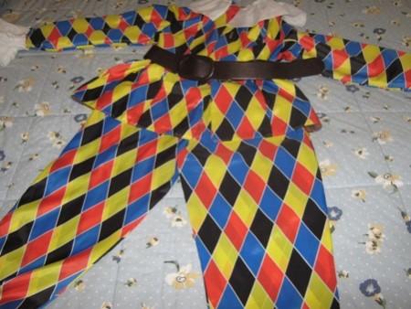 Vestiti di Carnevale fai da te: come realizzare il costume da Arlecchino