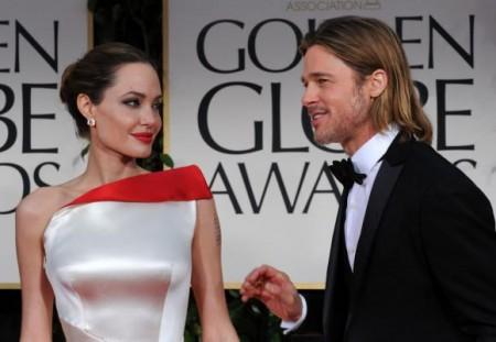 Brad Pitt non vede l'ora di sposare Angelina Jolie, l'annuncio ai Golden Globes 2012