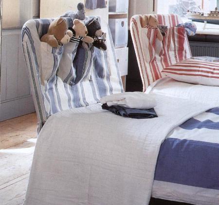 Idee cucito, copritestata con tasche per il letto dei ragazzi