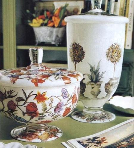 Decoupage floreale su vasi di vetro