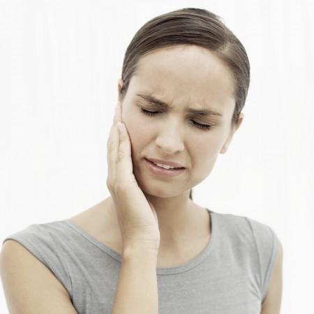 Dolore alla mandibola, vediamo le cause più frequenti
