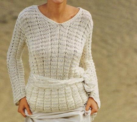Lavori a maglia per creare un pullover a punto operato