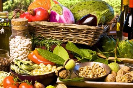 Il morbo di Parkinson si previene anche con la dieta mediterranea