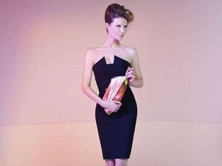 Le lettrici di Moda Pour Femme per le feste natalizie hanno scelto l'eleganza di un abito nero