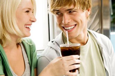 Le bibite con il dolcificante fanno male al cuore delle donne