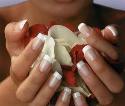 Cura unghie, come averle sane e belle grazie a metodi naturali