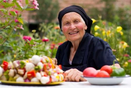 La dieta contro l'invecchiamento è ricca di pesce e verdure