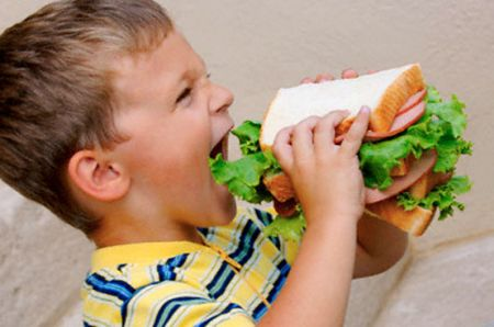 dieta sana colorata bambini