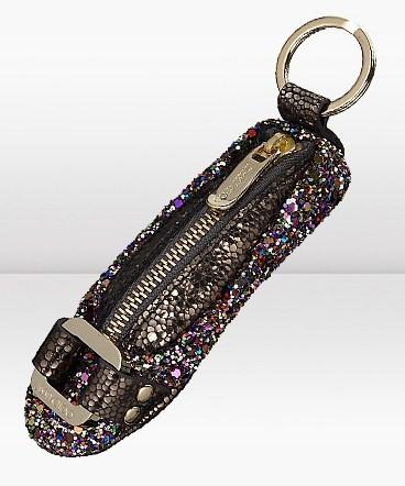 Idee regalo Jimmy Choo, il portachiavi Morse KC a forma di ballerina con stampa glitter