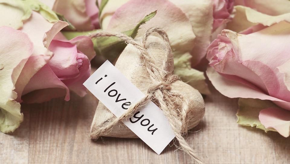 Pensieri dolci e aforismi famosi per un nuovo amore
