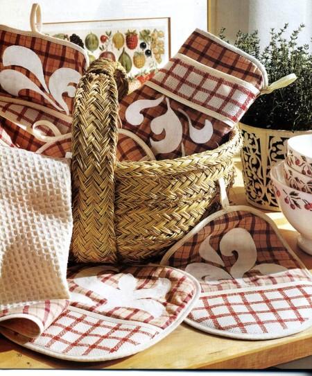 Decorazioni fai da te accessori da cucina dipinti a mano for Decorazioni cucina fai da te
