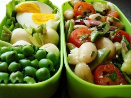 Quali sono gli alimenti privi di carboidrati e come inserirli nella dieta