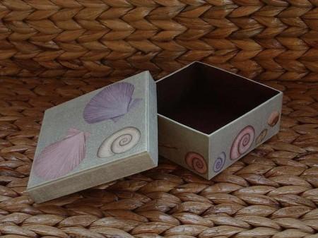 Decoupage scatola cartone conchiglie