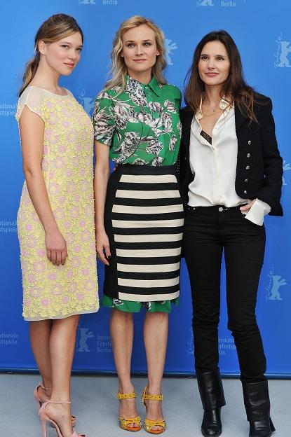 "Diane Kruger in Derek Lam e Lea Seydoux in Prada al photocall di ""Les Adieux De La Reine"""