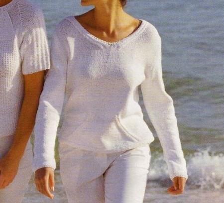 Lavori a maglia: crea un candido pullover con ampio scollo a V
