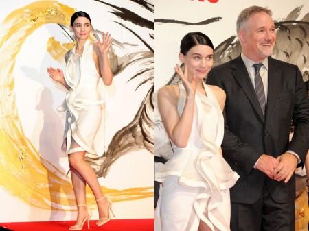 """Rooney Mara con un abito Givenchy per la premiere di """"The Girl With The Dragon Tattoo"""" in Giappone"""