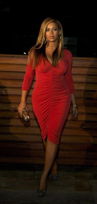 Abito Alice Temperley per la neo mamma Beyonce al Carnegie Hall di New York
