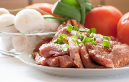 La dieta dimagrante non deve puntare su carboidrati e proteine, ma sulle calorie