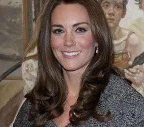 Kate Middleton: capelli e make up perfetti, per un look da copiare