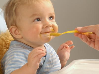 Obesità infantile, attenzione ai cibi dedicati ai bambini
