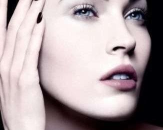 Pelle bellissima e rigenerata con Regenessence High Lift di Giorgio Armani Beauty