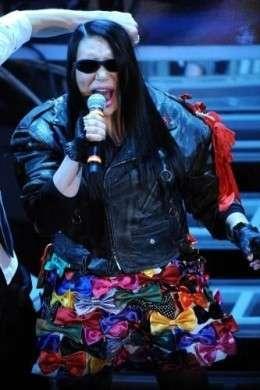 Sanremo 2012, abiti e look delle cantanti in gara nella quarta serata